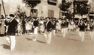 Tambor Mayor: Antonio Estomba Cantinera: Miren Atutxa Sargento: Carlos Mitxelena Alzaga Pifano de la derecha: Shalva Alberdi