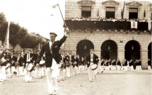 Con Ricardo Rodríguez al frente, la Tamborrada en la Plaza de San Juan