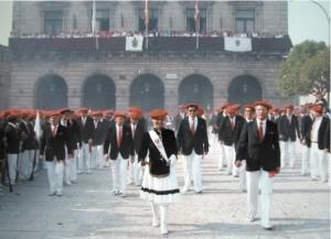La cantinera Begoña Echeveste que lleva como Sargento a su padre Federico Echeveste